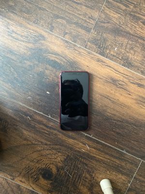 Red IPhone XR (Parts) for Sale in Chicago, IL