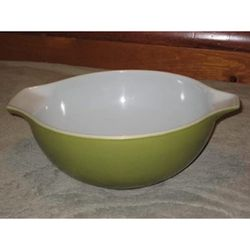 Vintage Pyrex Bowl 4 QT Dark Green for Sale in Orange,  CA