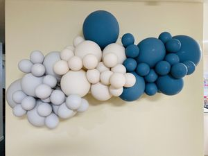 Balloons Garland 5 Feet for Sale in Cerritos, CA