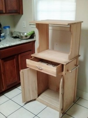 Kitchen microwave stand cabinet for Sale in Fresno, CA