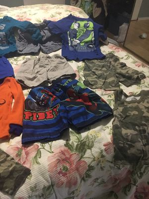 kid clothes size 2T for Sale in Palm Beach Gardens, FL