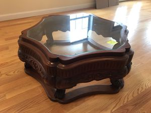 Beautiful Mahogany Table for Sale in Englewood, NJ
