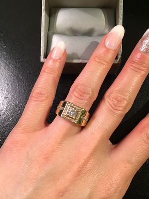 🌸 ON SALE🌸 Unisex 🤵👰18K Gold plated Ring- SQR/CIR Cut for Sale in Dallas, TX