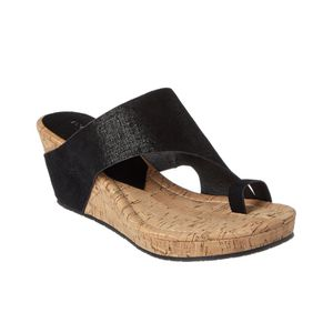 DONALD PLINER SUEDE WEDGE SANDAL for Sale in Menlo Park, CA