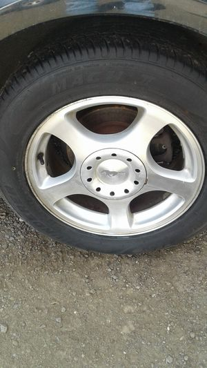 4 Mustang 16inch 5 Lug 4 1/2 bolt pattern with 80% 225/55R16 for Sale in Port Orchard, WA