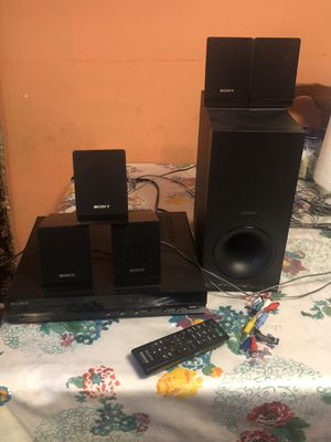 Sony home theatre davtz140 for Sale in Trenton, NJ