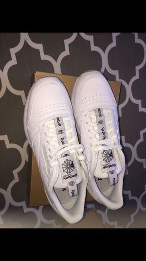 Brand new men's Reebok classic leather IT shoes size 7.5,9 and 11 Available for Sale in Bronx, NY