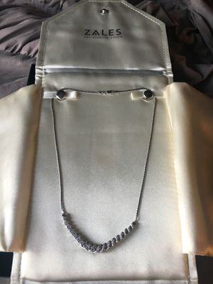Diamond necklace for Sale in New Lenox, IL