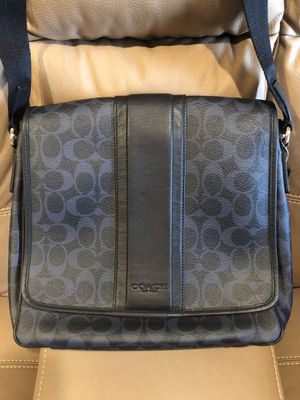 Coach Messenger Bag for Sale in Hayward, CA