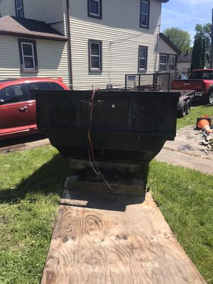 Dump bed insert 8 foot for Sale in Township of Cottrellville, MI