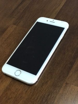 iPhone 6s 64 GB UNLOCKED for Sale in Houston, TX