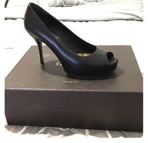 Authentic Peep Toe Gucci Pumps for Sale in West Palm Beach, FL