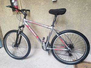 Trek 3500 mountain bike for Sale in Santa Ana, CA
