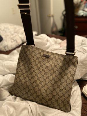 Gucci purse for Sale in Orlando, FL