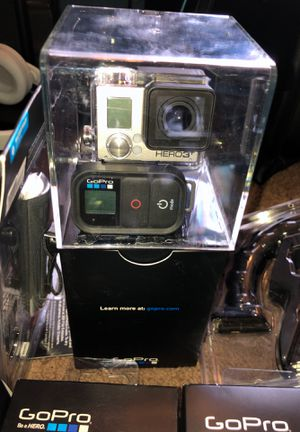 (Go pro hero 7) with 20 brand new accessories for Sale in Washington, DC
