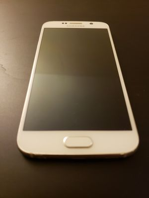 Samsung galaxy s6 64gb white for Sale in Seattle, WA