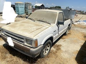 1987 Mazda b2200 PARTS ONLY!! for Sale in Earlimart, CA
