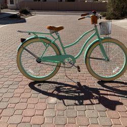 Huffy deluxe cruiser bike for Sale in Chandler,  AZ