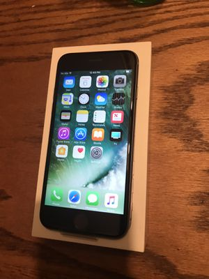 iPhone 7 32GB (AT&T-CRICKET) for Sale in Sanger, CA