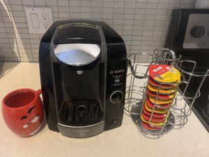 BOSCH TASSIMO SINGLE SERVE COFFEE MAKER & ACCESSORIES for Sale in Miami, FL