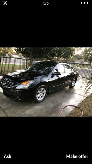 07 Nissan Altima runs like champs fully loaded💯 for Sale in Palm Desert, CA