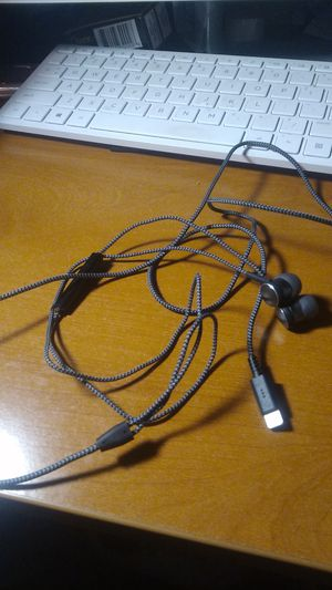 Brand new earbuds. I phone jack for Sale in Menifee, CA