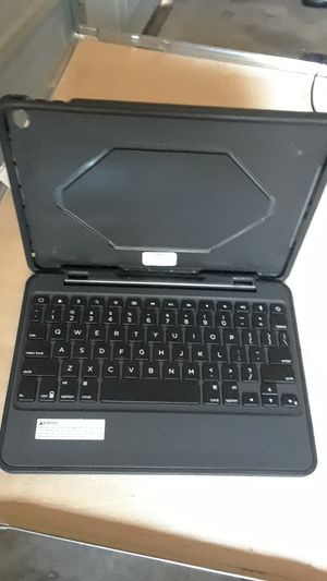 Zagg and Logitech Pad keyboards for Sale in Plano, TX