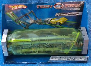 Hot Wheels Tech Trax Power Swing Flex Loop Stunt Set Mattel 2004 Toy Unopened Sealed for Sale in Pasadena, CA