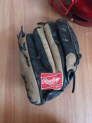 Softball glove for Sale in Holiday, FL