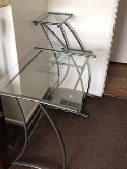Glass Computer Desk for Sale in Norco,  CA
