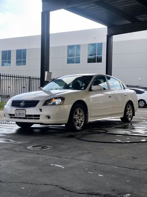 2005 Nissan Altima 2.5S Runs Great commuter for Sale in Ontario, CA