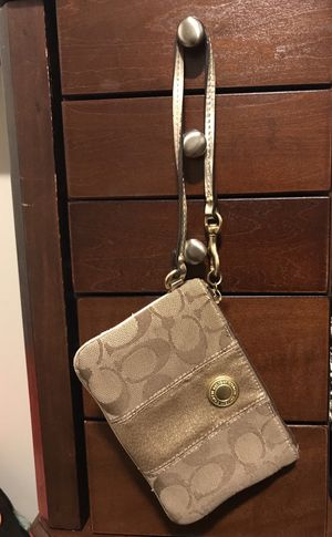 gold Coach wristlets for Sale in Chicago, IL