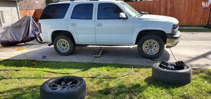 2004 Chevy Tahoe 4×4 stuck in 4wheel low for Sale in Sacramento, CA
