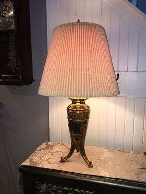 Beautiful Vintage Brass Lamp for Sale in Cumming, GA
