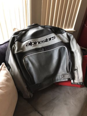 ALPINESTARS Motorcycle Leather jacket XL for Sale in Denver, CO