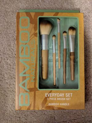 Makeup Brushes for Sale in Lorain, OH
