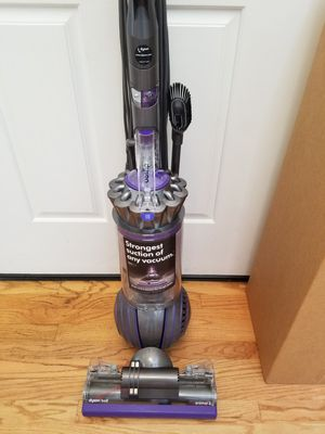 2020 NEW cond DYSON ANIMAL2 , BIG BALL VACUUM WITH COMPLETE ATTACHMENTS, AMAZING POWER SUCTION, IN THE BOX, WORKS EXCELLENT, for Sale in Federal Way, WA