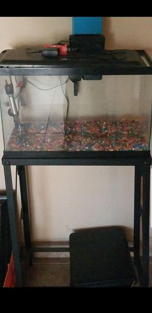 Pecera. Fish Tank for Sale in San Bernardino, CA