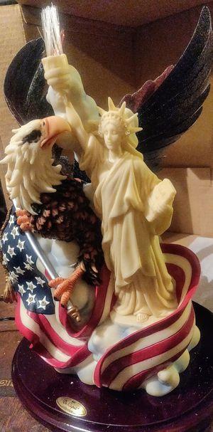 Vintage De Capoli American Flag Eagle Liberty Fiber Optic Resin Sculpture for Sale in Jacksonville, FL