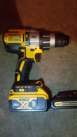 Dewalt xr hammer drill with battery 5.0 and 1.5 amp battery for Sale in Port Orchard, WA