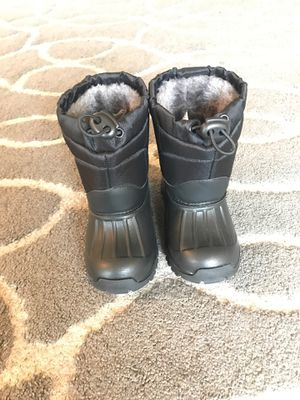 Dream kids snow boots size 6 new without tag for Sale in Arlington, VA