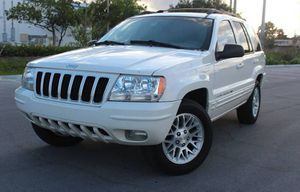 Very Good 2004 Jeep Grand Cherokee AWDWheels for Sale in Arlington, TX