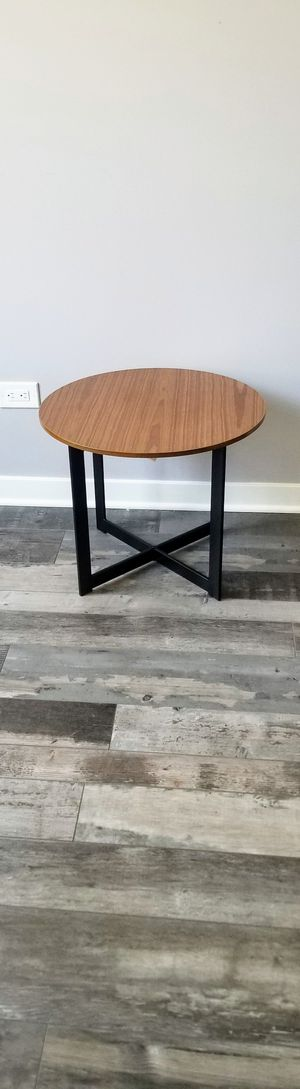 End table plant stand walnut and black for Sale in Elgin, IL