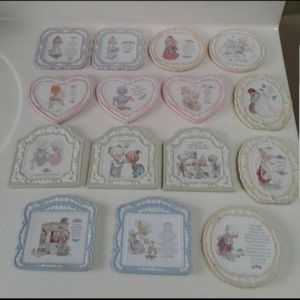 Precious Moments Collection. 16 pieces in Excellent condition for Sale in Gurnee, IL