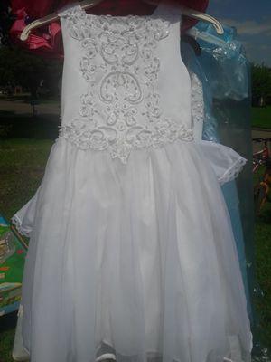 Girl white dress for Sale in Houston, TX