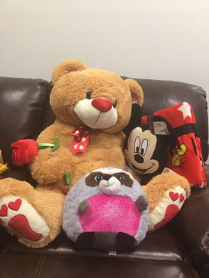 Brand new stuffed animals, life sized teddy bear and Mickey Mouse blanket all for $20 for Sale in Katy, TX