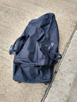 Large duffle bag with wheels for Sale in Laurel,  MD