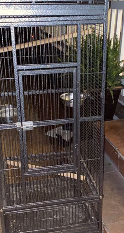 Bird Cages for Sale in Compton,  CA
