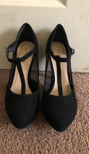 Black heels 7 1/2 for Sale in Industry, CA
