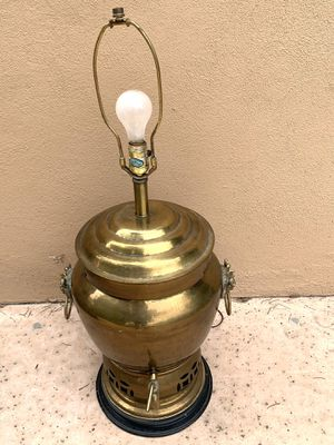 Brass Table Lamp for Sale in LOS RNCHS ABQ, NM